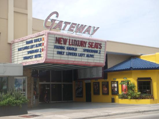 ‪The Classic Gateway Theatre‬