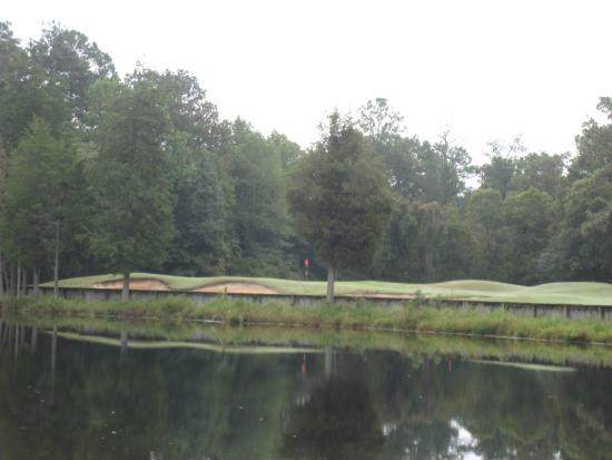 Cheraw State Park Golf Course: Water Feature