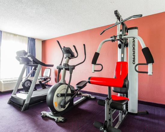 Quality Inn Coliseum: SCFitness