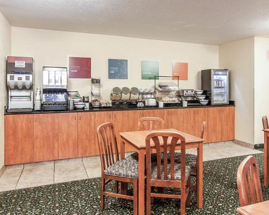 Comfort Inn & Suites Tualatin - Portland South : ORBkfast