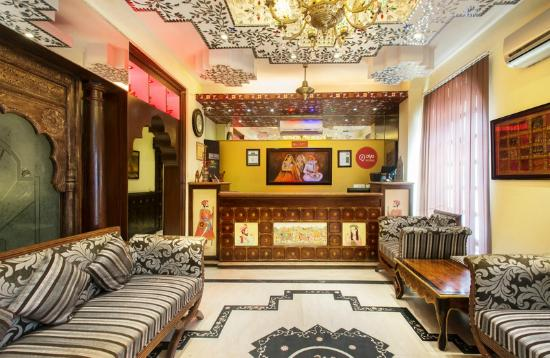 Oyo premium jal mahal jaipur india hotel reviews for F salon jaipur prices