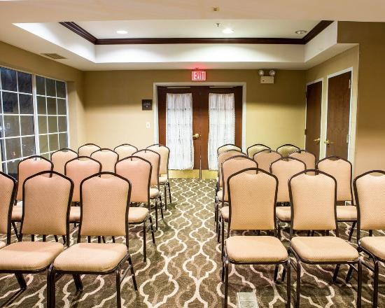 Comfort Suites Newark : Meeting Room