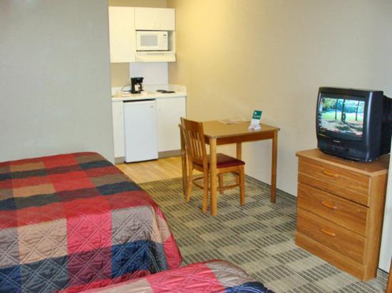 Crossland Economy Studios - Philadelphia - Maple Shade: Studio Suite - 2 Double Beds