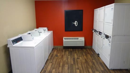 Extended Stay America - Houston - Katy Frwy - Beltway 8: On-Premise Guest Laundry