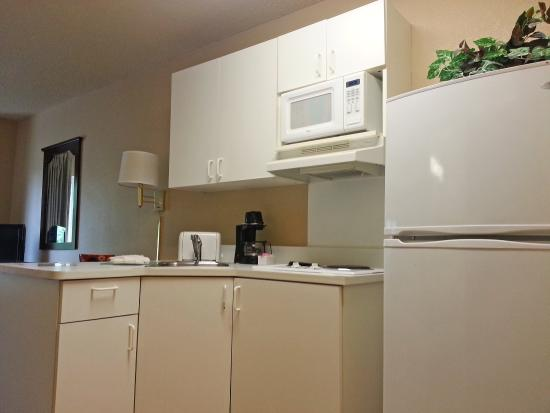 Extended Stay America - Memphis - Mt. Moriah : Fully-Equipped Kitchens