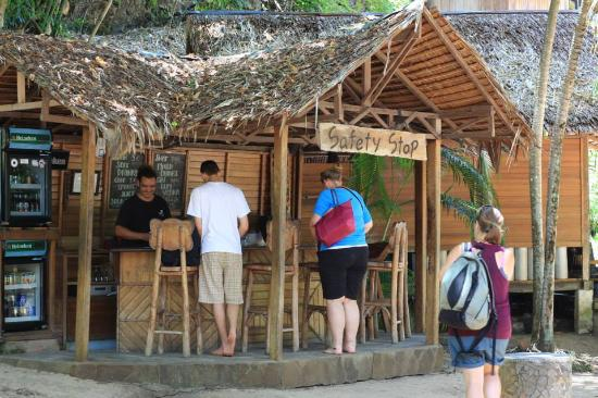 Living Colours Dive Resort: The Safety Stop at the resort