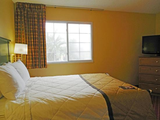 Extended Stay America - Charleston - Airport: 1 Bedroom Suite - 1 Queen Bed