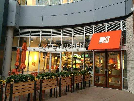 LYFE Kitchen, Chicago - 1538 N Clybourn Ave - Restaurant Reviews ...