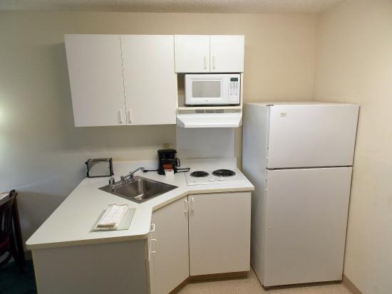 Extended Stay America - Columbia - Stadium Blvd.: Fully-Equipped Kitchens