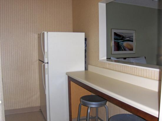 Extended Stay America - Atlanta - Peachtree Corners: Fully-Equipped Kitchens