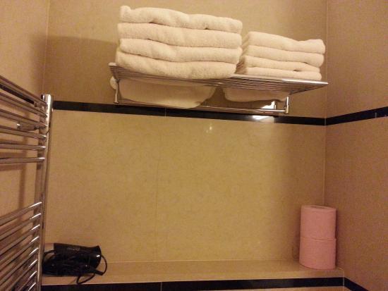 Malostranska Residence: banyo 4