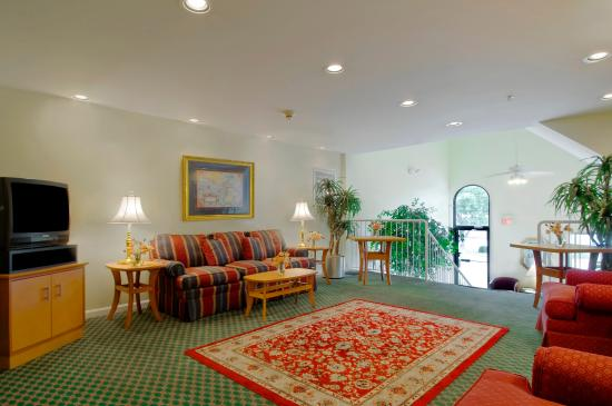 Extended Stay America - Cincinnati - Blue Ash - Reagan Highway: Lobby and Guest Check-in