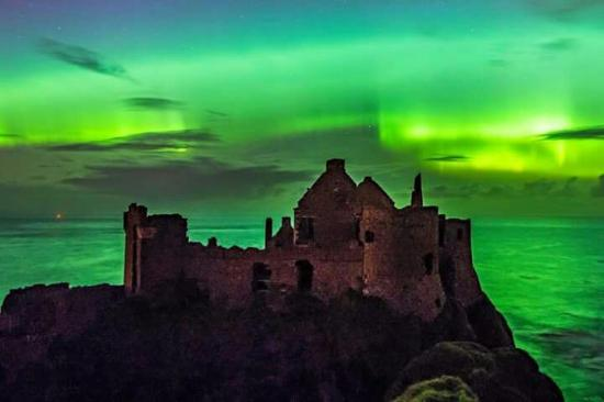 Dunluce Castle: Northern lights