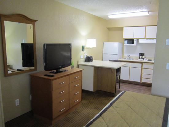 Extended Stay America - Fort Lauderdale - Tamarac: Studio Suite - 1 Queen Bed