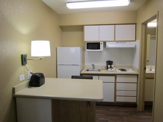 Extended Stay America - Fort Lauderdale - Tamarac: Fully-Equipped Kitchens