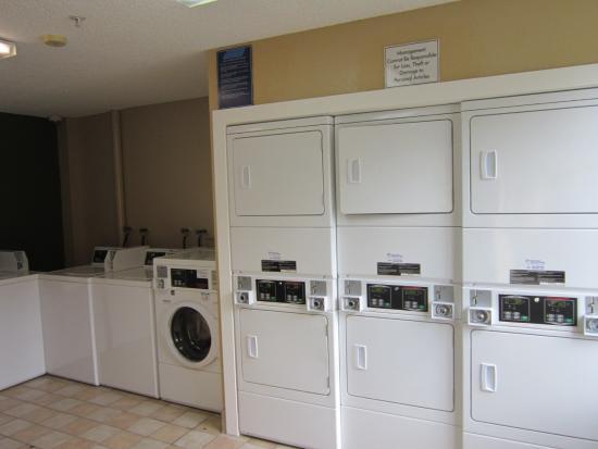 هومستيد فورت لاودردال - تاماراك: On-Premise Guest Laundry