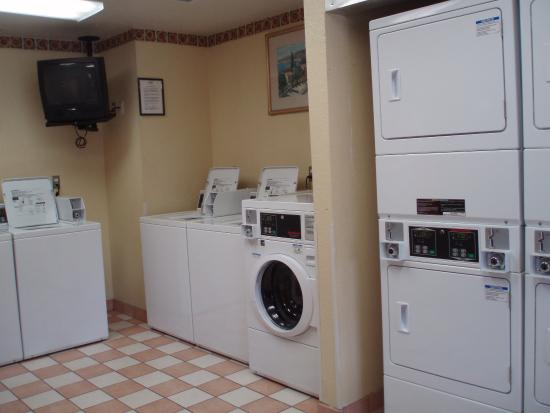 Extended Stay America - Jacksonville - Southside - St. Johns Towne Center: On-Premise Guest Laundry