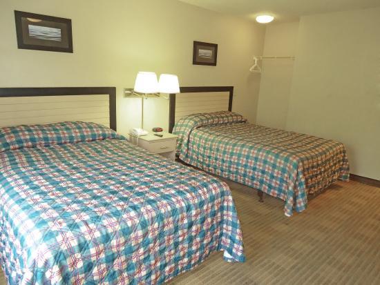 Crossland Economy Studios: Studio Suite - 2 Double Beds