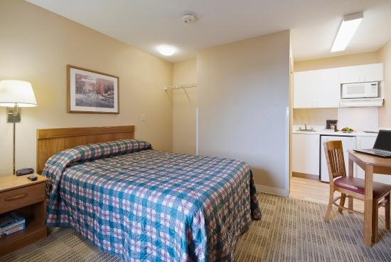Crossland Economy Studios - Denver - Airport - Aurora: Studio Suite - 1 Double Bed