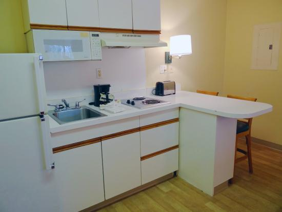Extended Stay America - Raleigh - Crabtree Valley: Fully-Equipped Kitchens