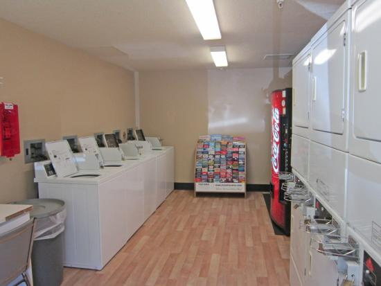 Crossland Economy Studios - Tacoma - Puyallup: On-Premise Guest Laundry