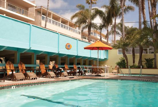 Pacific Edge on Laguna Beach, a Joie de Vivre Hotel: Outdoor Heated Pool
