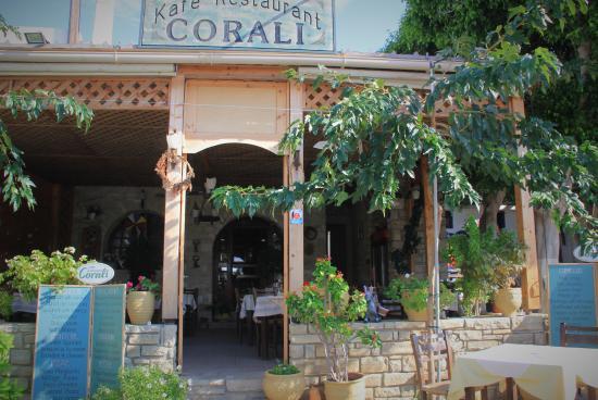 Corali