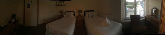 Hailstones Farm: The Chddar Room