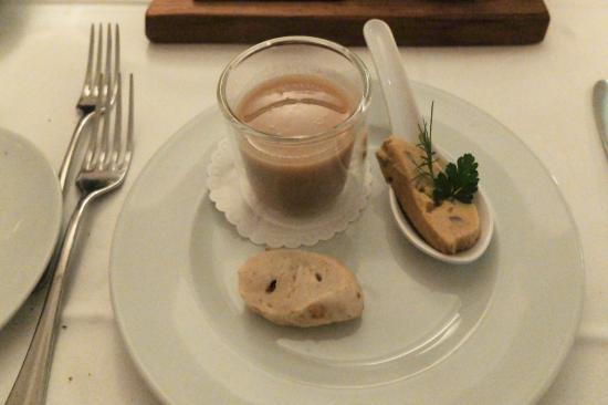 Restaurant Rubino: Amuse-Bouche - Kastaniensuppe