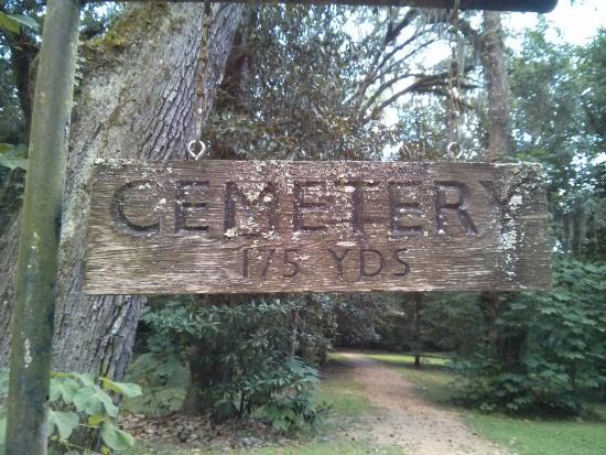 Natchez, Миссисипи: Longwood cemetery