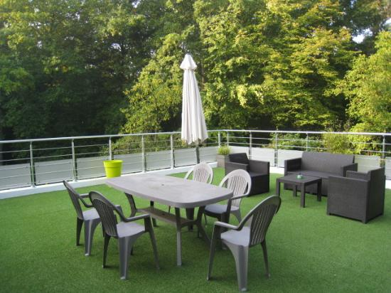"Chambres d'hotes Les Roches Brunes: TERRASSE ""MARMOTTES"""
