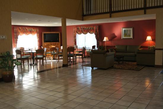 Holiday Inn Express Dahlgren: Hotel Lobby
