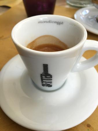 Settembrini : un buon caffè in una bella tazza :-)