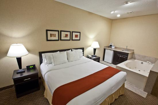 Plymouth, IN: Jacuzzi Suite