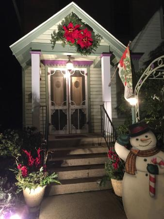 Murphy Guest House Bed and Breakfast: Winter in Indiana
