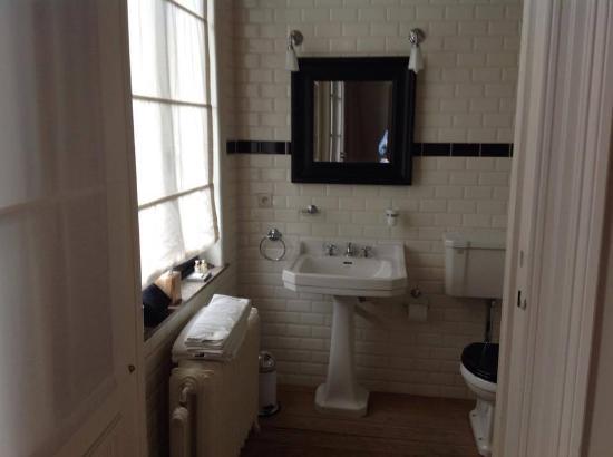 Sweet Brussels: Bathroom