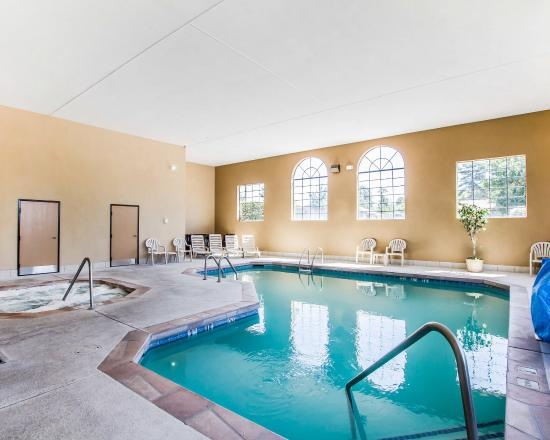 Comfort Inn Payson: Pool