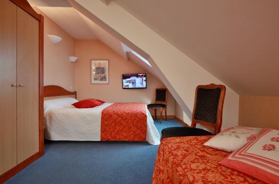 Hotel Restaurant des Lacs : chambre coquette