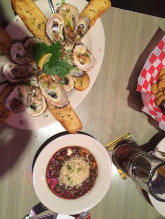 Razzoo's Cajun Cafe: photo0.jpg