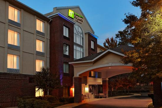 Holiday Inn Express & Suites Richmond - Brandermill - Hull St