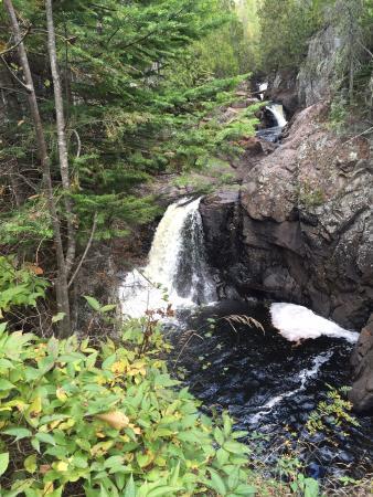 Cacade River: Cascade falls