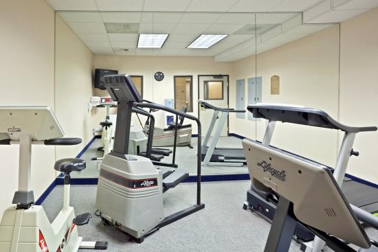 Holiday Inn Express Tacoma: Tacoma Hotel 24 Hour Fitness Center