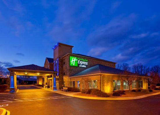 Sunbury, OH: Hotel Exterior