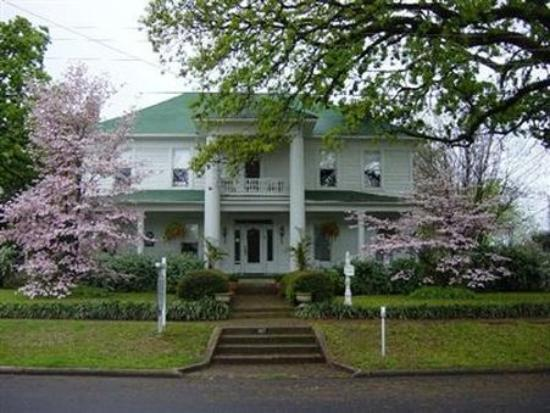 Photo of Thee Hubbell House Winnsboro