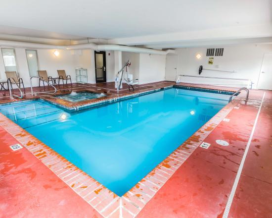 Quality Inn & Suites: COPool