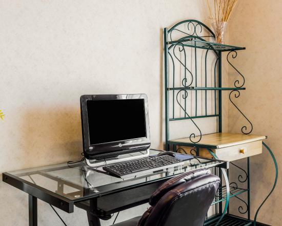 Quality Inn & Suites: COComp