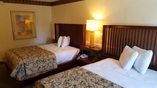 Photo of Vista Inn & Suites Murfreesboro