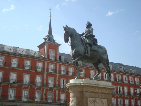 Plaza del sol picture of puerta del sol madrid for Puerta del sol 3