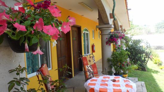 Hotel Tepetzalan Tlayacapan