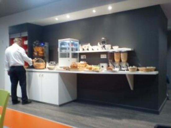 ibis Styles Chambery Centre Gare : le buffet du petit déjeuner: un régal